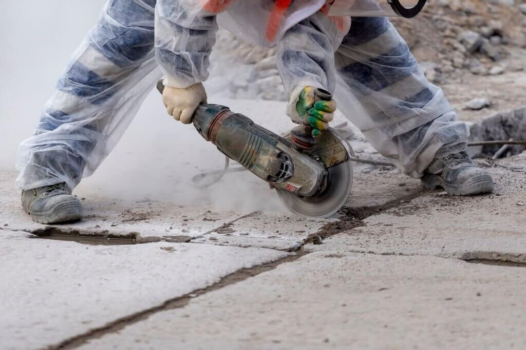 Wet vs Dry Concrete Grinding